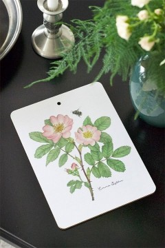 Cutting board/heatmat wild rose Material Laminated Birch Size 21x28 cm Color Two-side print in Pink/Green Care Dishwashe